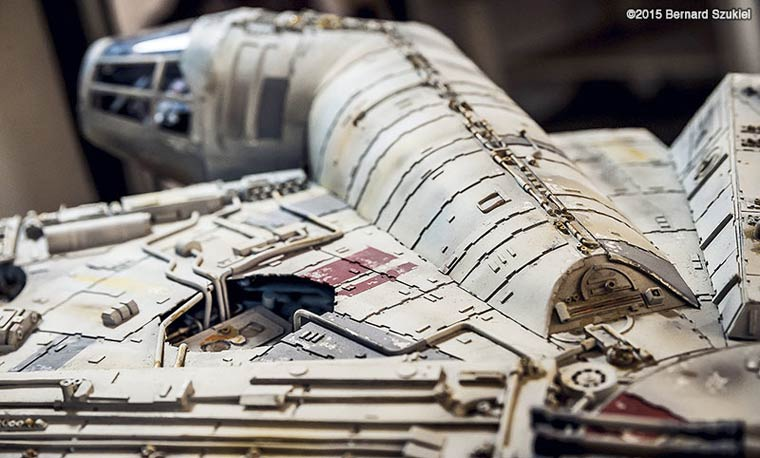 Millennium-Falcon-paper-model-5