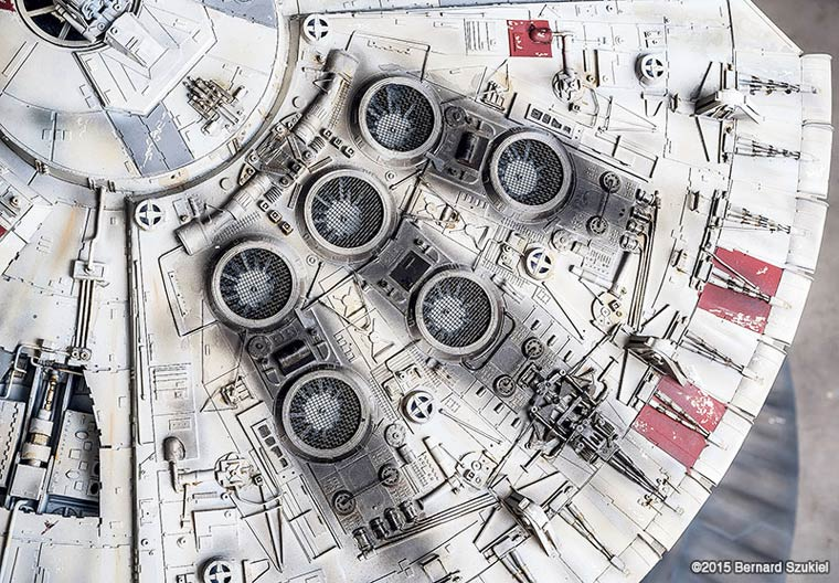 Millennium-Falcon-paper-model-7