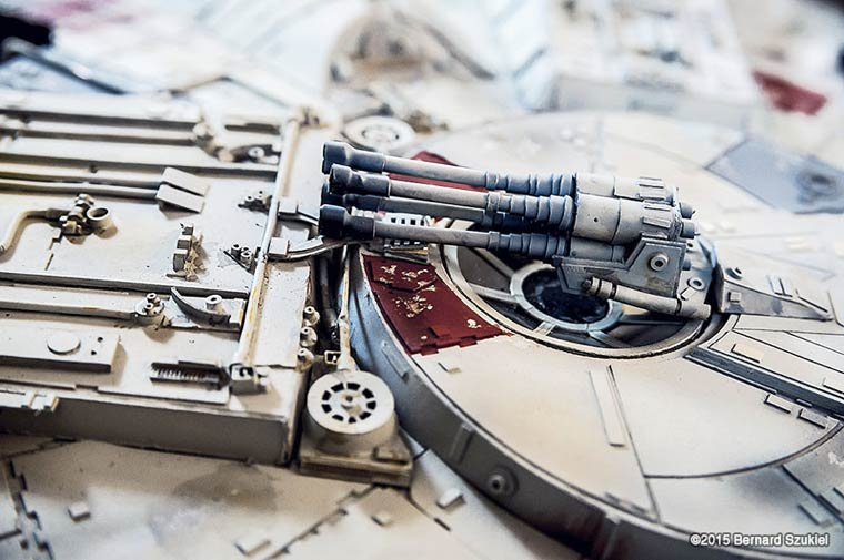 Millennium-Falcon-paper-model-8